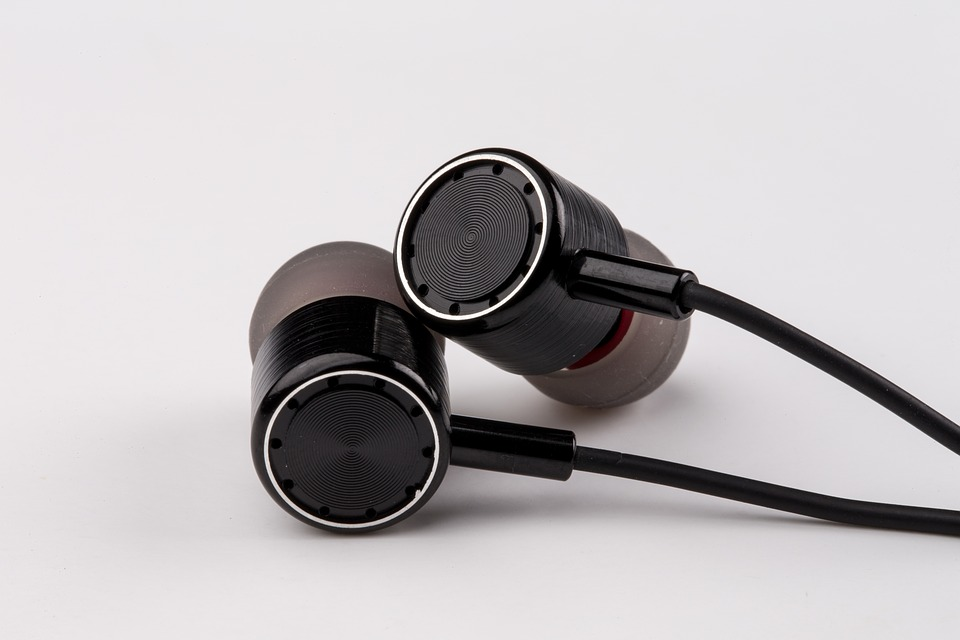 Top 10 Durable Earbuds – The Toughest Options Available