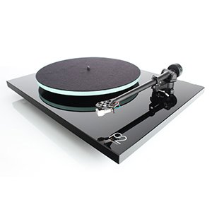 Top 7 Turntables Under $1000 – The Master Class