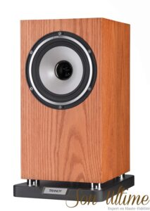best bookshelf speakers TANNOY Revolution XT 6