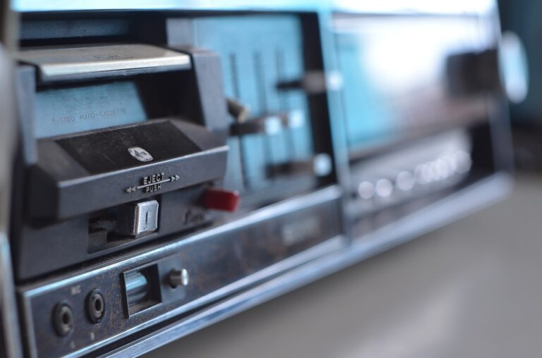 Best Stereo Receiver To Bring Your Sounds Together