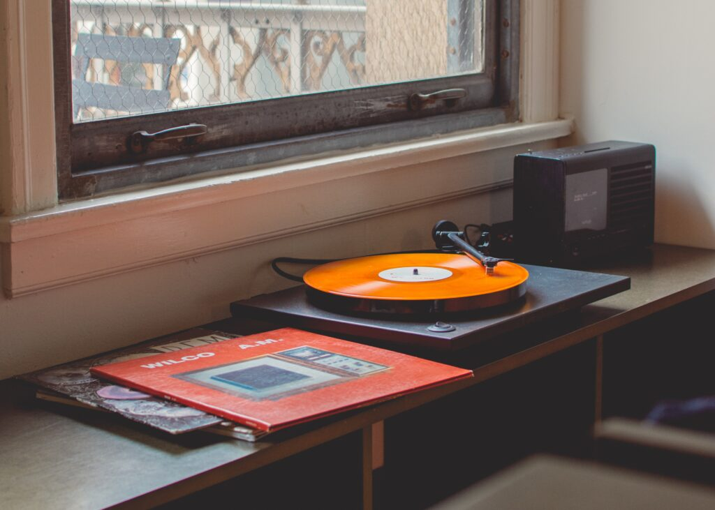 vintage turntable playing