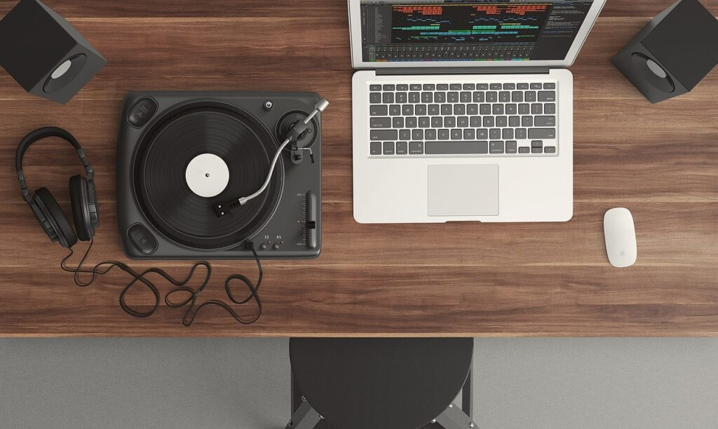 The Best Laptop For Recording Music: The 5 Best Laptops On The Market