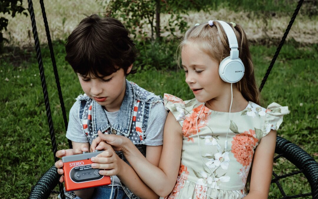 The Best Kid's Headphones with a Microphone You Can Buy Today