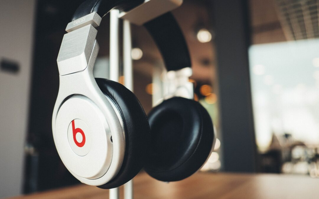 Headphone Stand: The Best Options to Protect or Display Your Investment